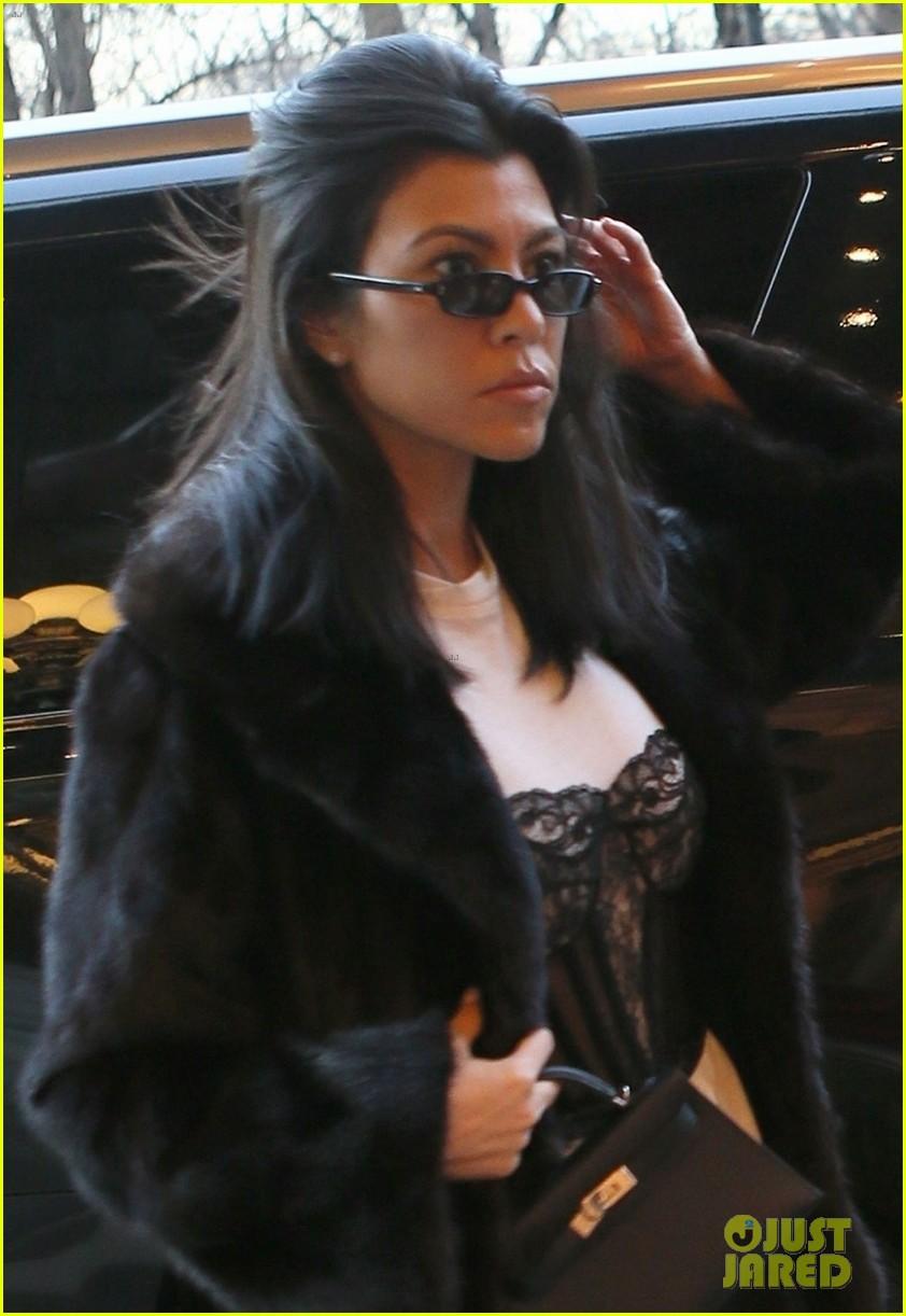 kourtney kardashian takes penelope north breakfast at tiffanys 044027192