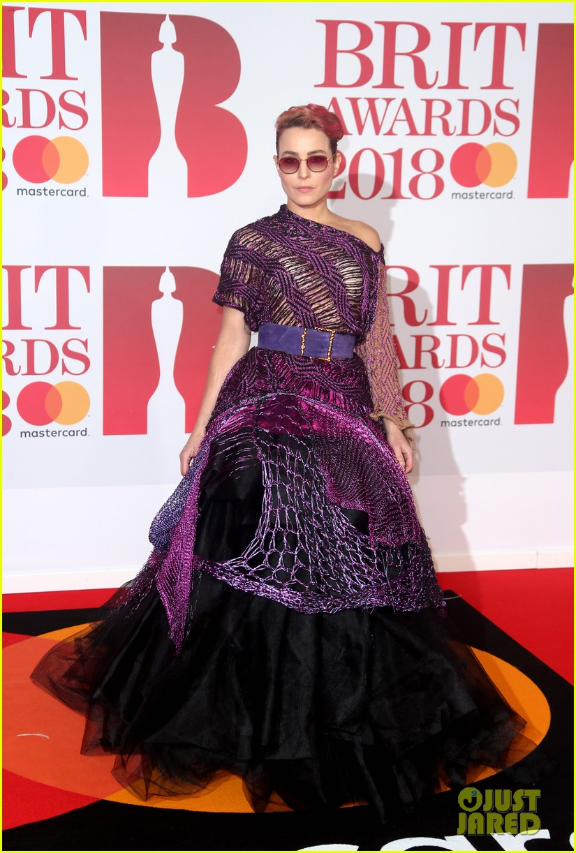 damian lewis wife helen mccrory couple up at brit awards 2018 034036939