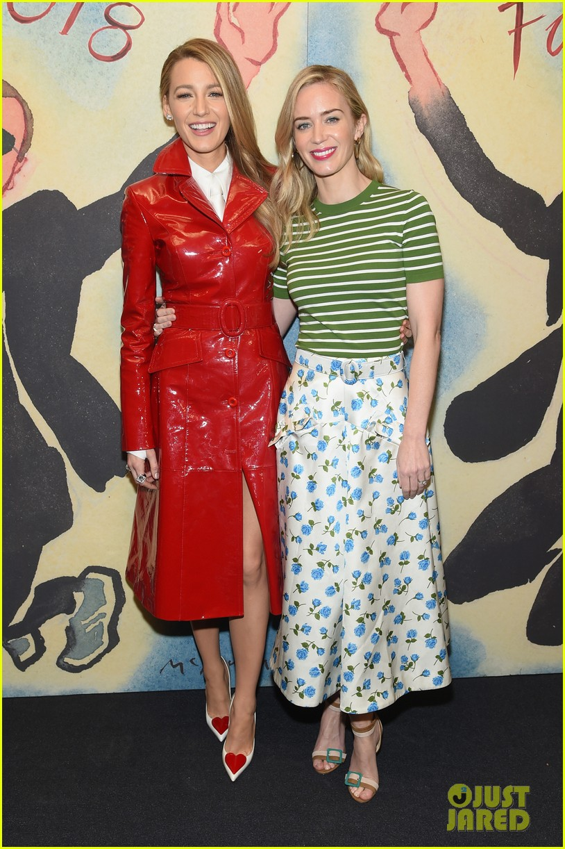blake lively emily blunt zendaya buddy up at michael kors collection nyfw runway show 314032968