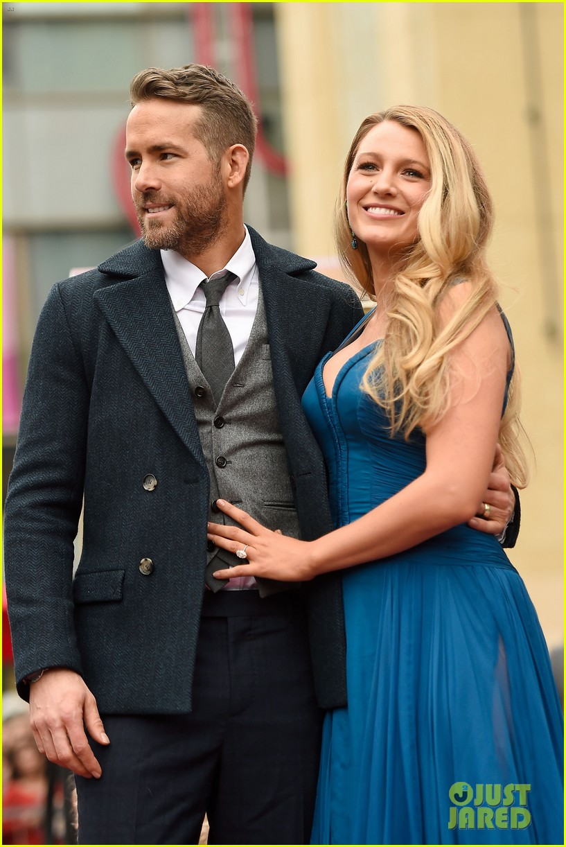 ryan reynolds bakes heart shaped cake for blake lively for valentines day 094033920