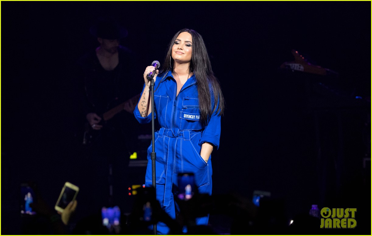 demi lovato has written songs with john mayer reveals advice he gave her 044031948
