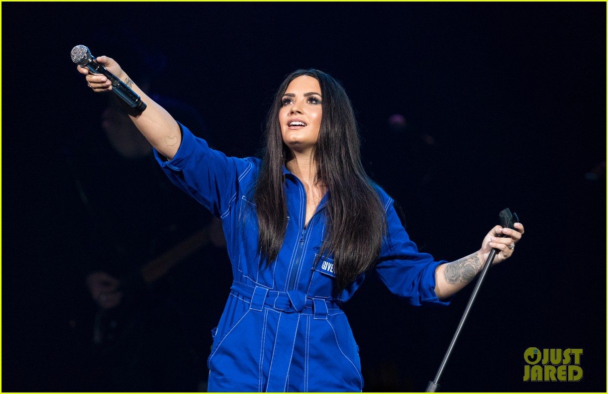 demi lovato has written songs with john mayer reveals advice he gave her 054031949