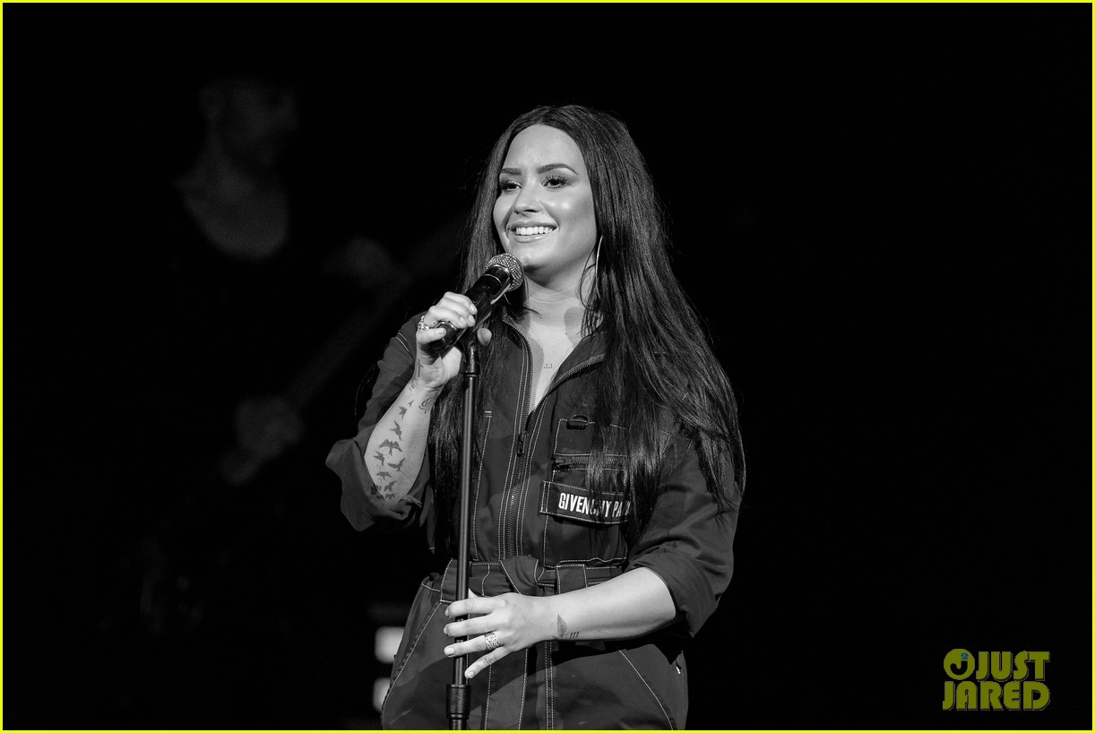 demi lovato has written songs with john mayer reveals advice he gave her 184031962