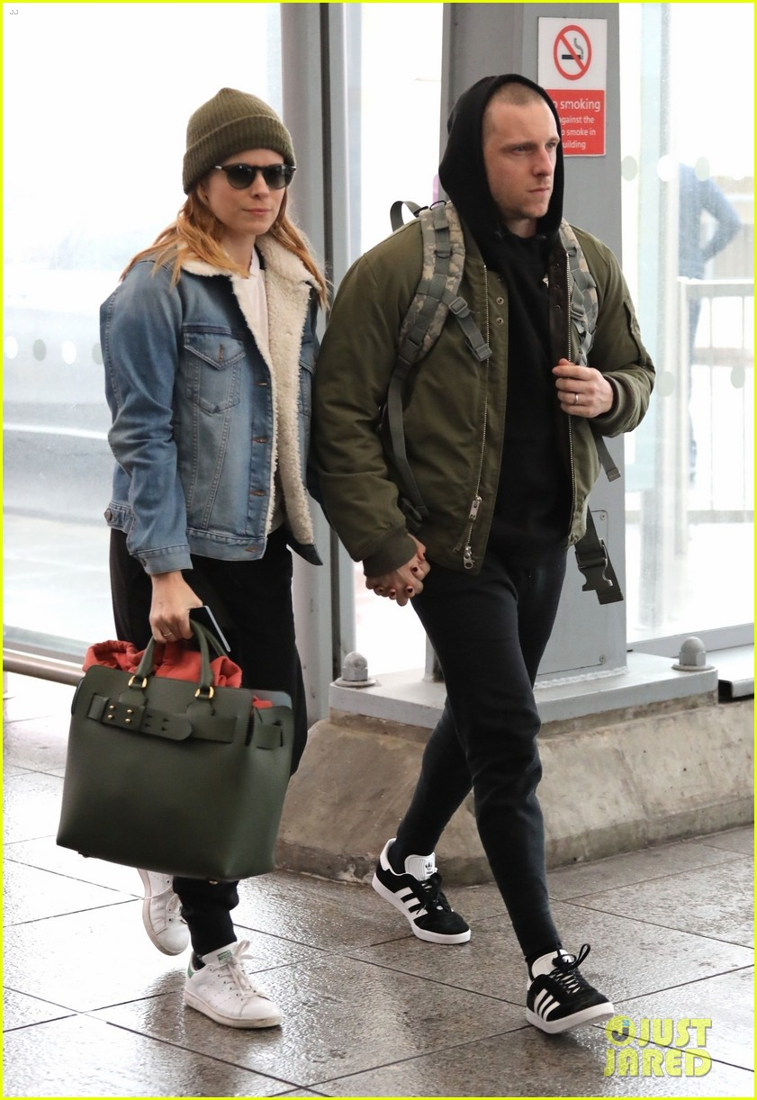 Kate Mara Jamie Bell Jet Out Of London Photo 4036032 Jamie Bell