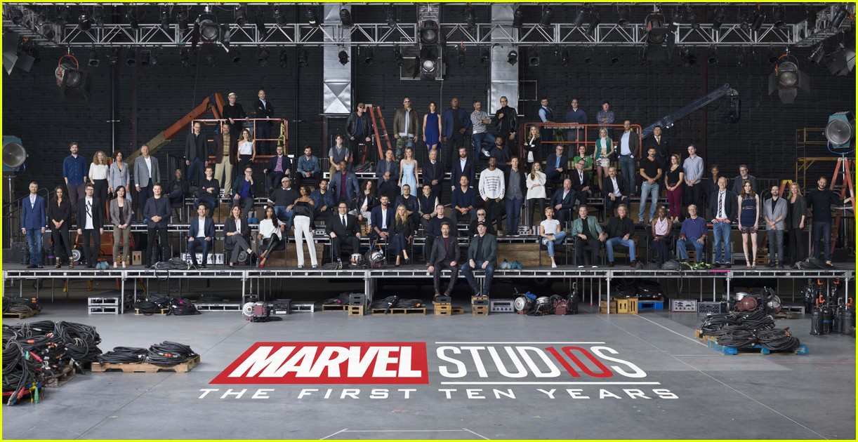 marvel stars celebrate 10 anniversary 044030008