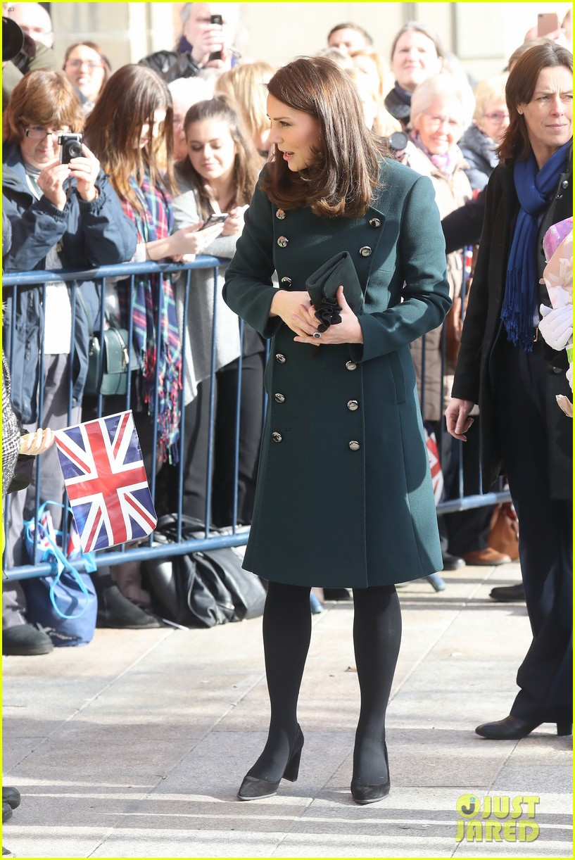 kate middleton prince william step out to support the arts in sunderland 034036607