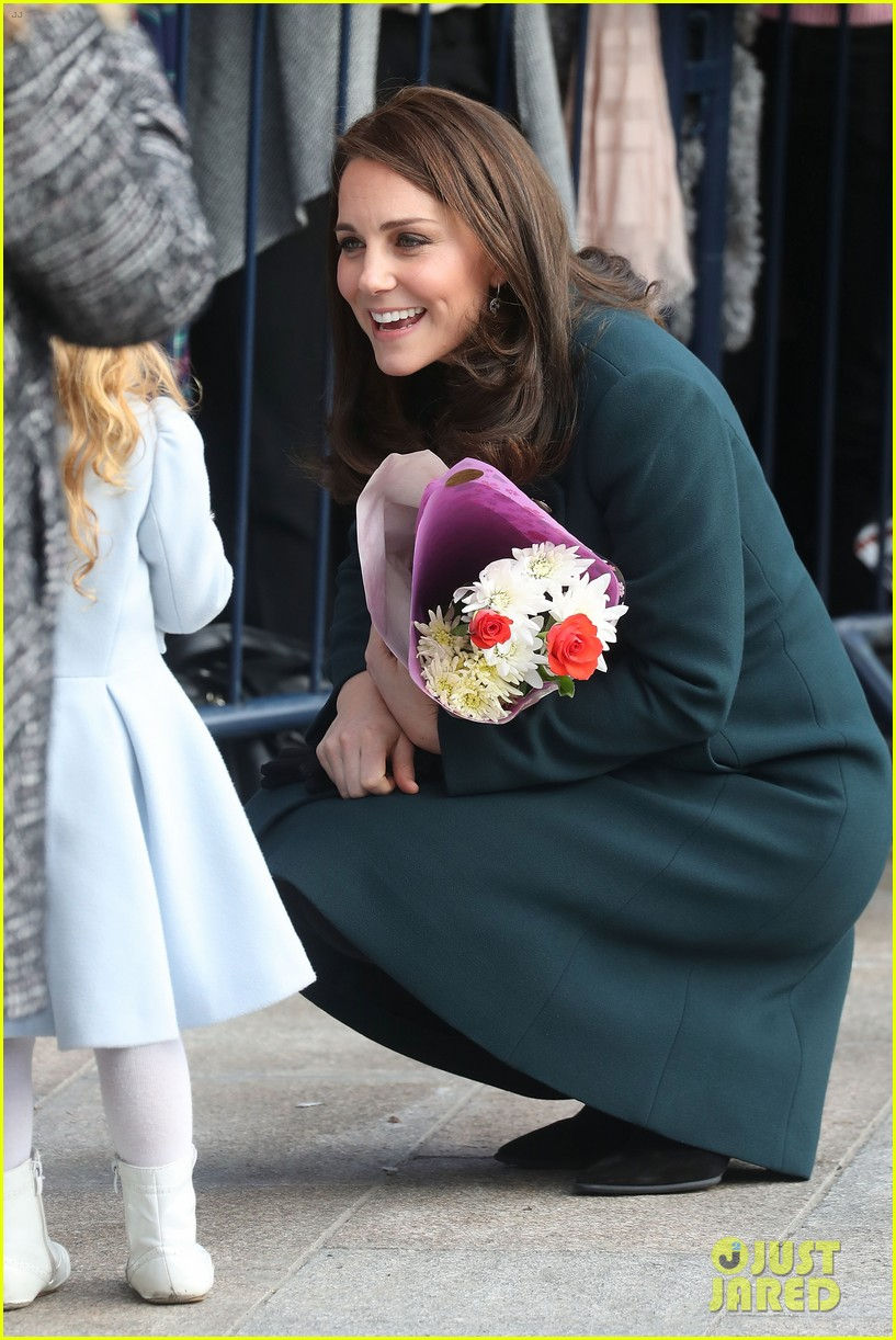 kate middleton prince william step out to support the arts in sunderland 044036608