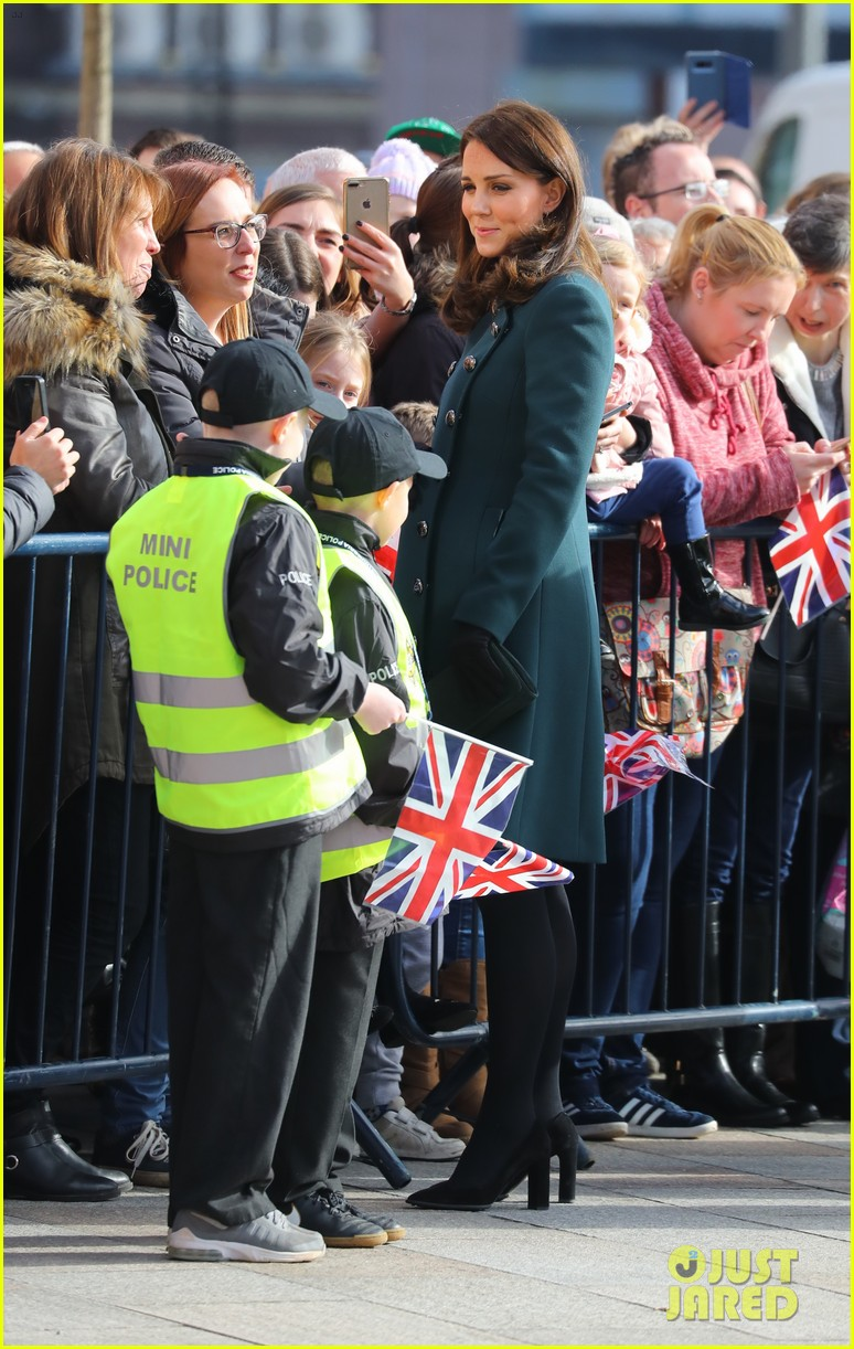 kate middleton prince william step out to support the arts in sunderland 054036609