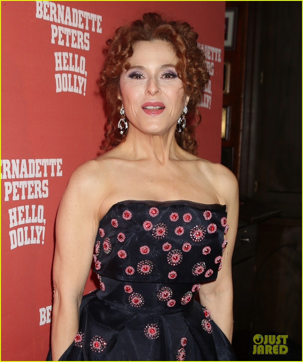 bernadette peters officially returns to broadway in hello dolly 024038007