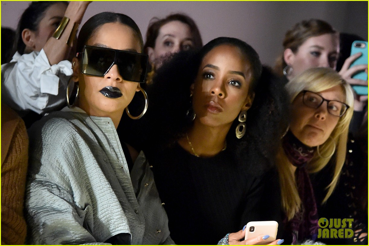 kelly rowland la la anthony buddy up at new york fashion week 014033634