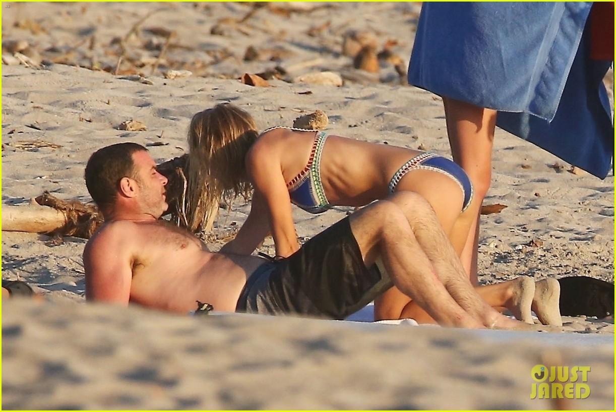 liev schreiber girlfriend taylor neisen hit the beach 024039411