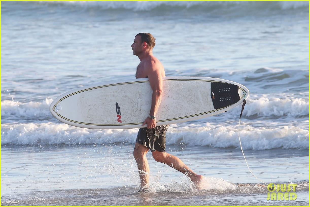 Liev Schreiber Hits the Beach with Girlfriend Taylor ...