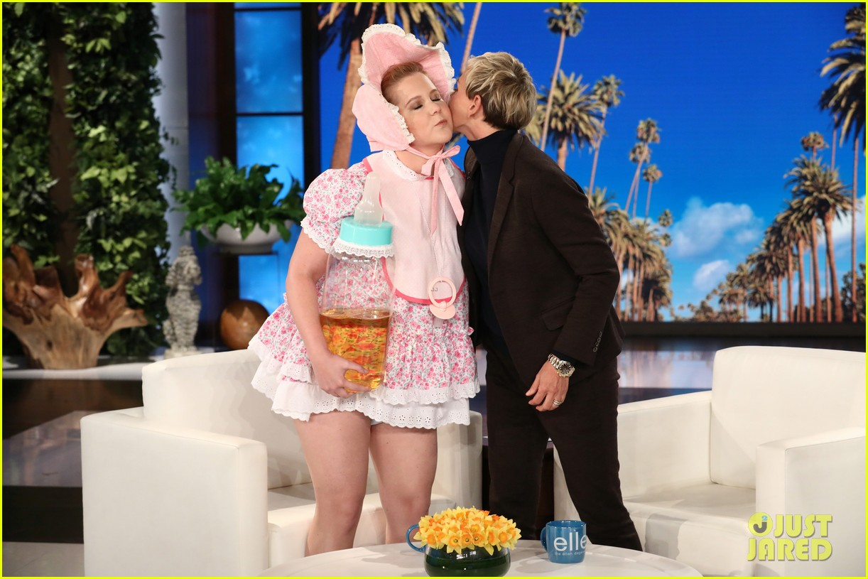 Amy Schumer Dresses As Baby To Debut Trailer For New Film