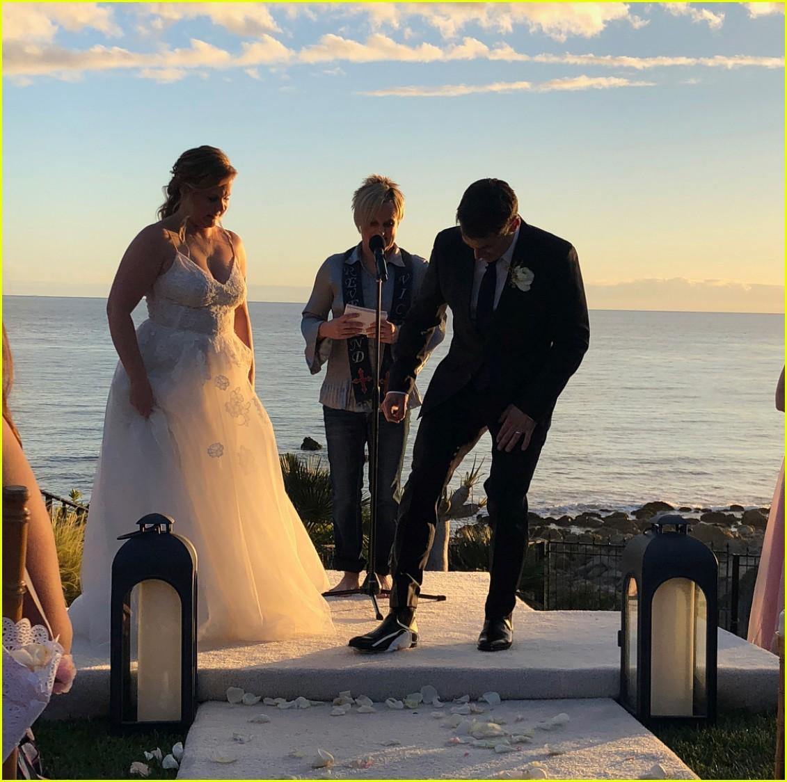 boda amy schumer ceremonia judia novio chris fischer