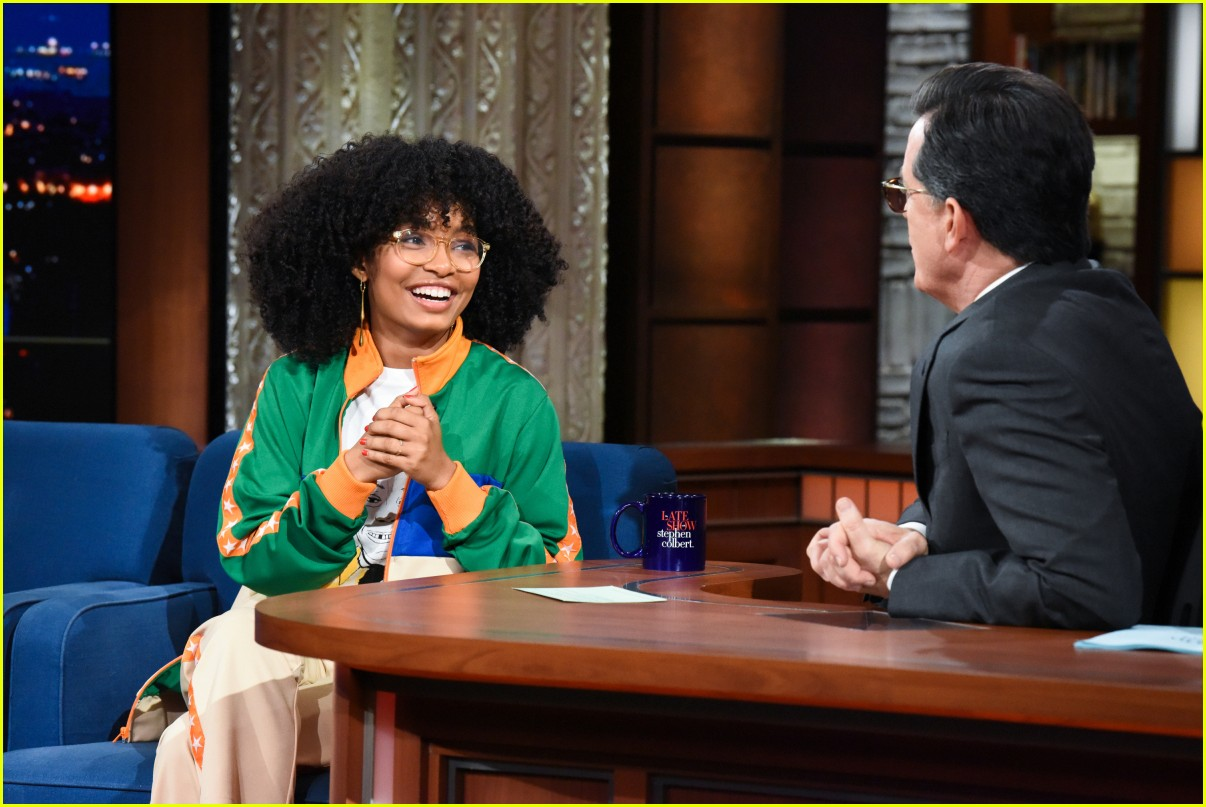 oprah winfrey calls yara shahidi one of the most profound 17 year olds alive 034030590