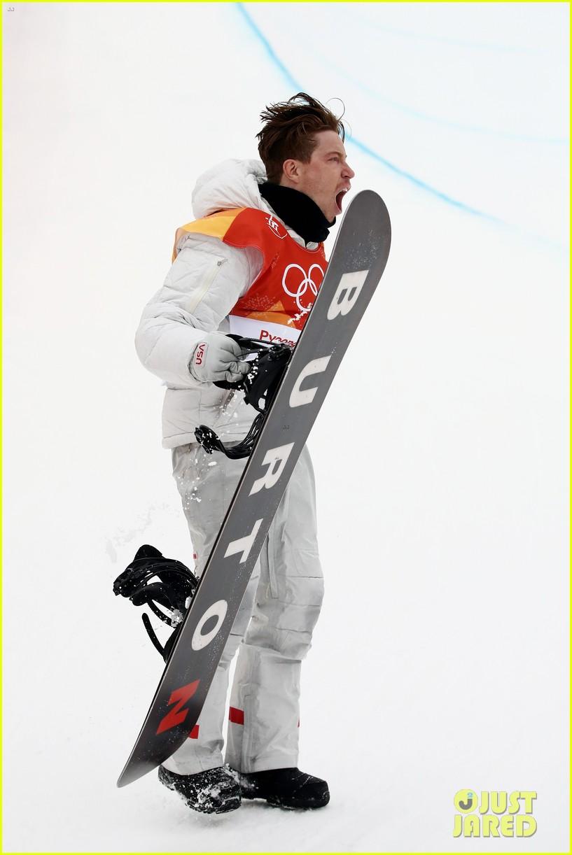 shaun white wins gold mens halfpipe winter olympics 014032587