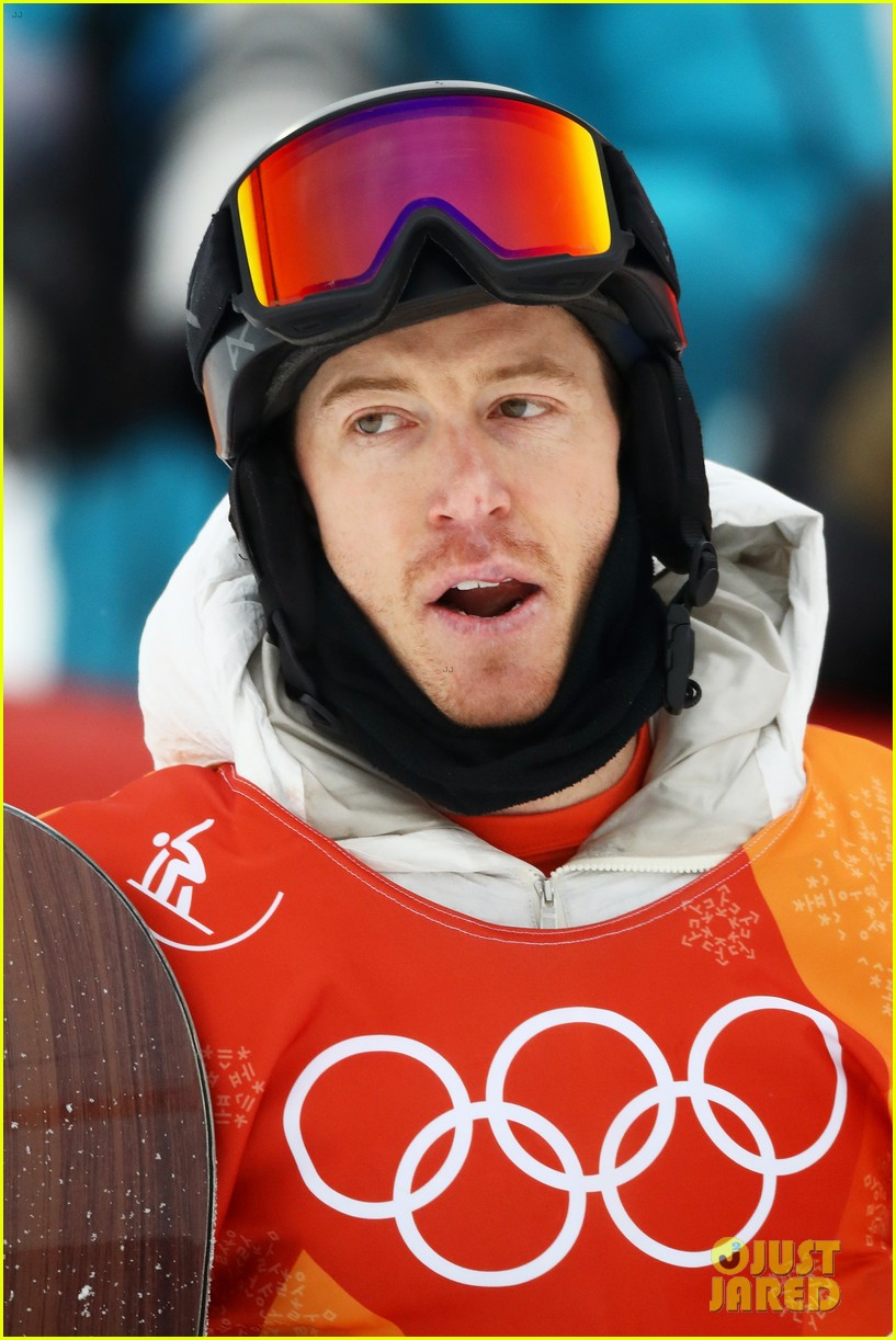 shaun white wins gold mens halfpipe winter olympics 034032589