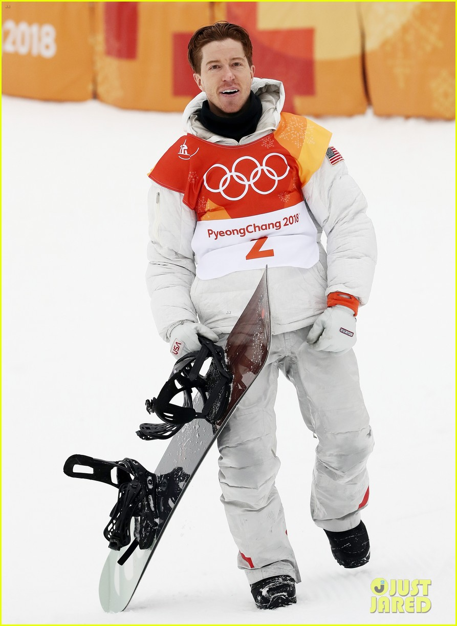 shaun white wins gold mens halfpipe winter olympics 044032590
