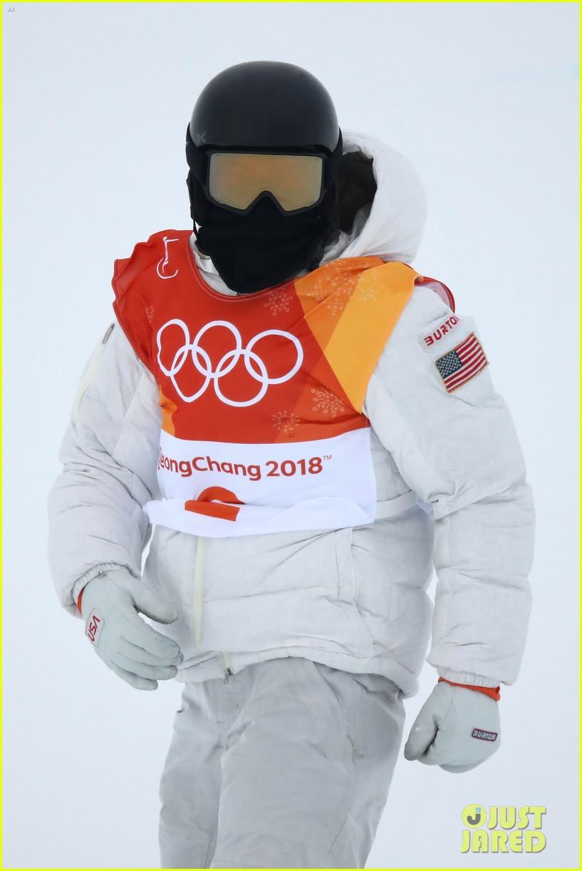 shaun white wins gold mens halfpipe winter olympics 064032592
