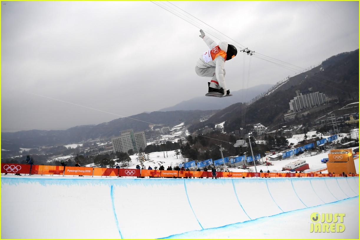 shaun white wins gold mens halfpipe winter olympics 124032598