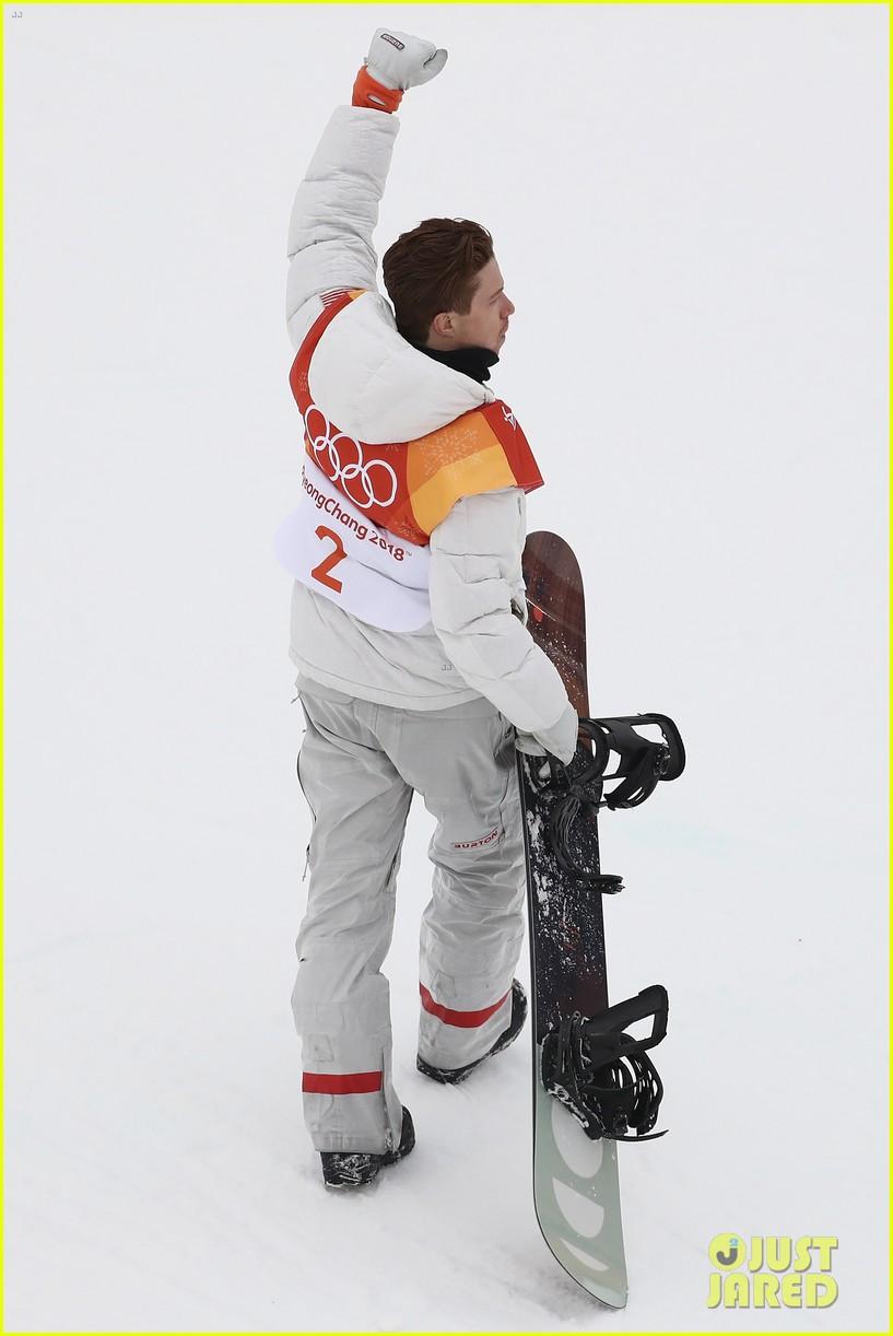 shaun white wins gold mens halfpipe winter olympics 134032599
