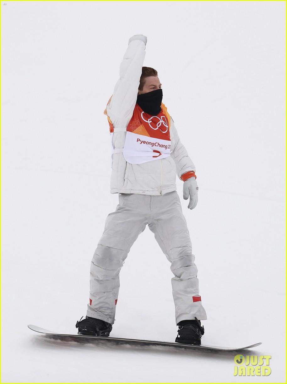 shaun white wins gold mens halfpipe winter olympics 144032600