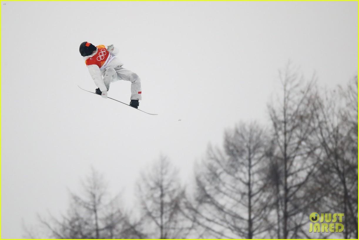 shaun white wins gold mens halfpipe winter olympics 254032611