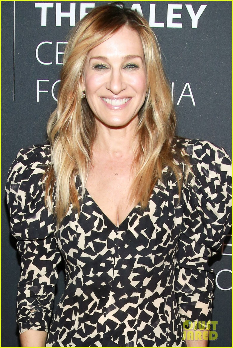 sarah jessica parker joins divorce co stars at screening in nyc 024030086
