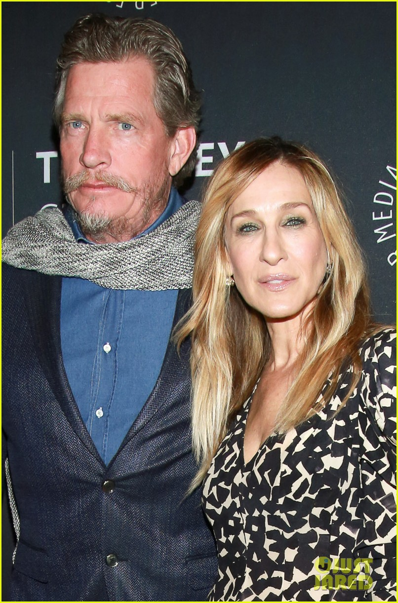 Sarah Jessica Parker Joins 'Divorce' Co-Stars at Screening ...