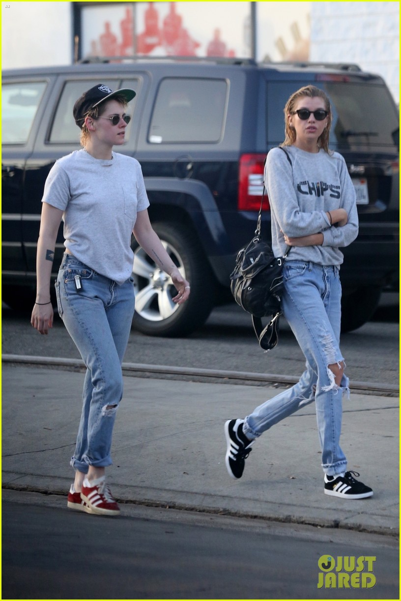 kristen stewart stella maxwell couple up for spa trip 054028987