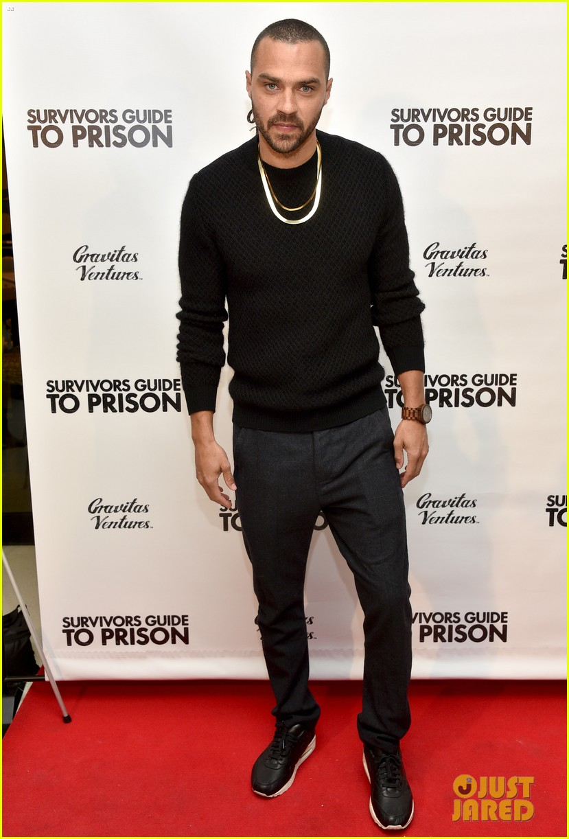 jesse williams adrian grenier buddy up at survivors guide to prison premiere 014036702