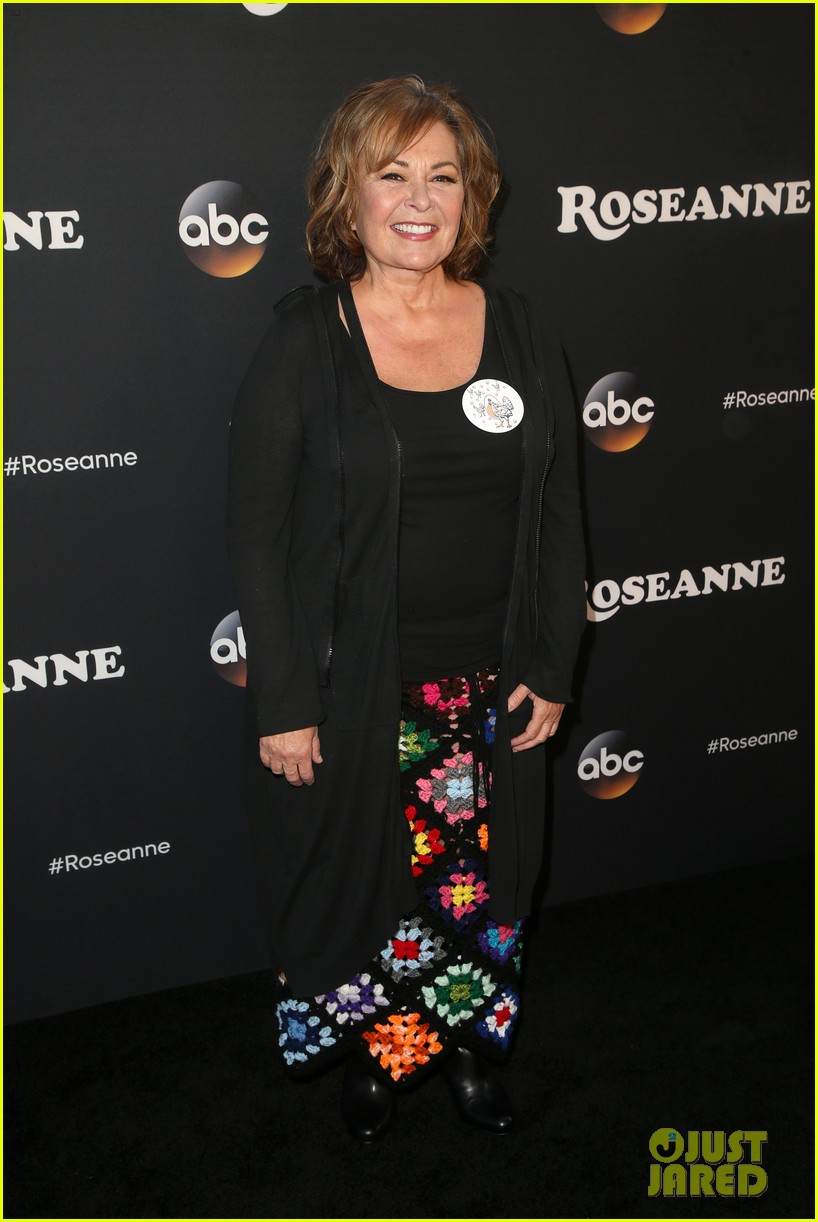 roseanne barr john goodman buddy up at roseanne reboot premiere 154055024