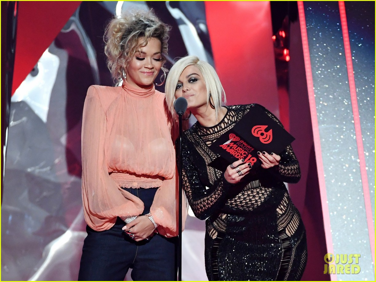 rita ora bebe rexha present best collab at iheart radio music awards 034049381