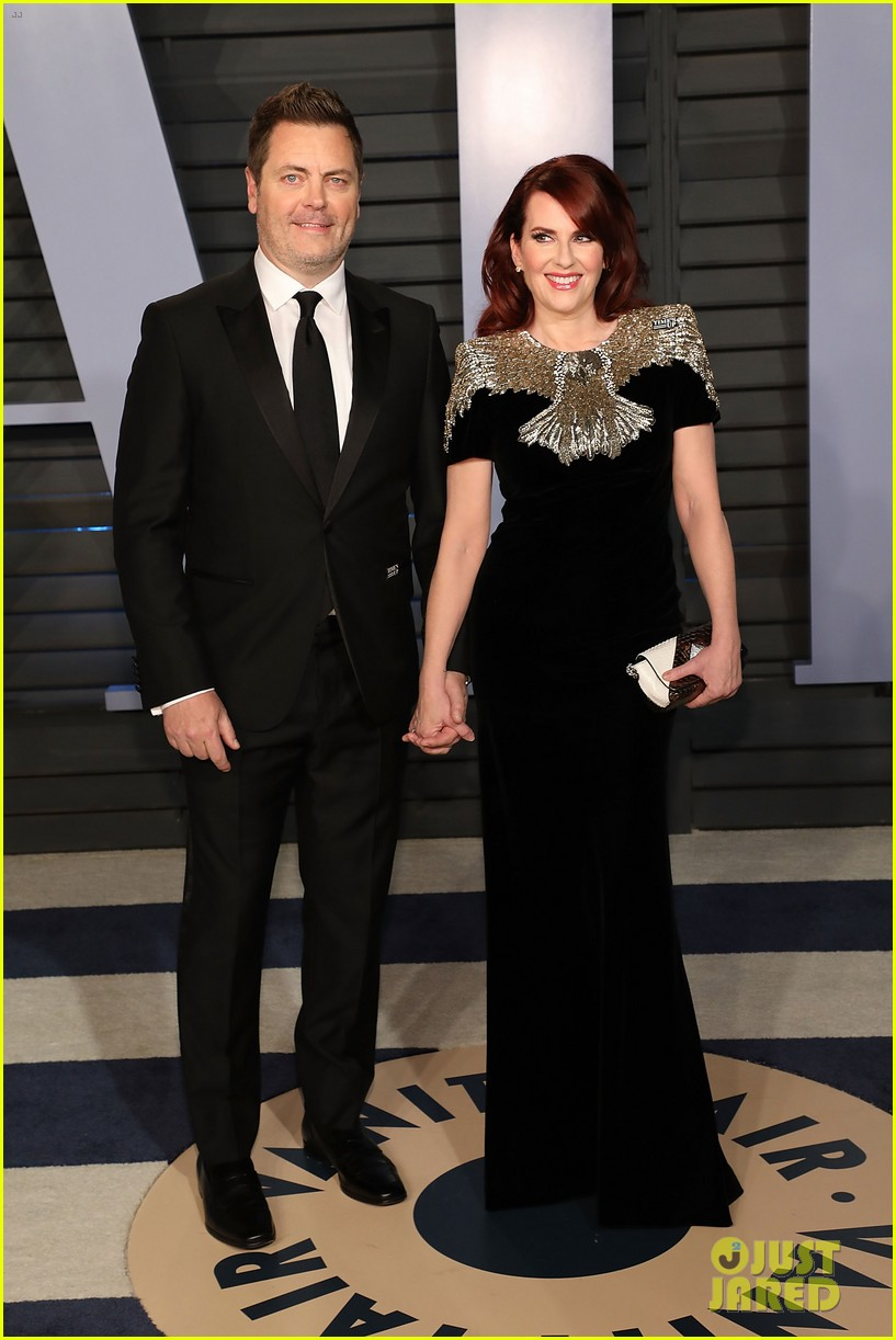 zooey deschanel megan mullally bring their hubbys to vanity fairs oscars 2018 014045990