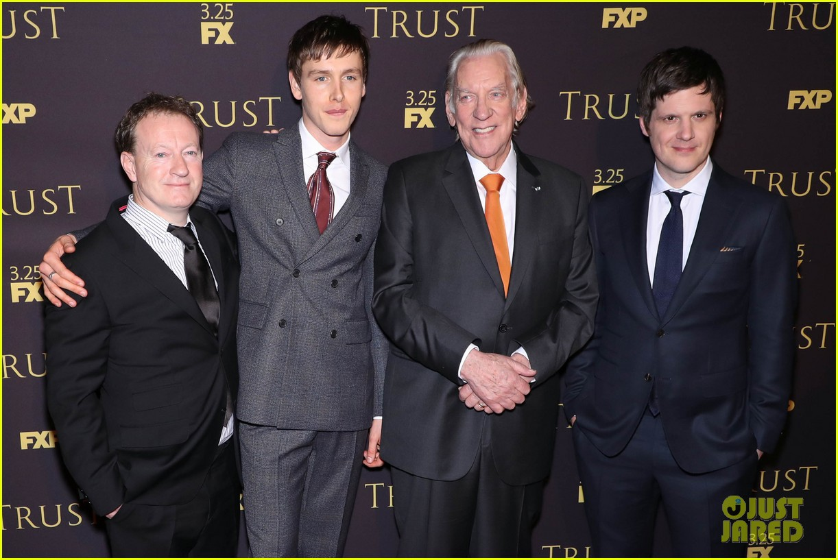 brendan fraser harris dickinson donald sutherland hit nyc for trust premiere 034051145
