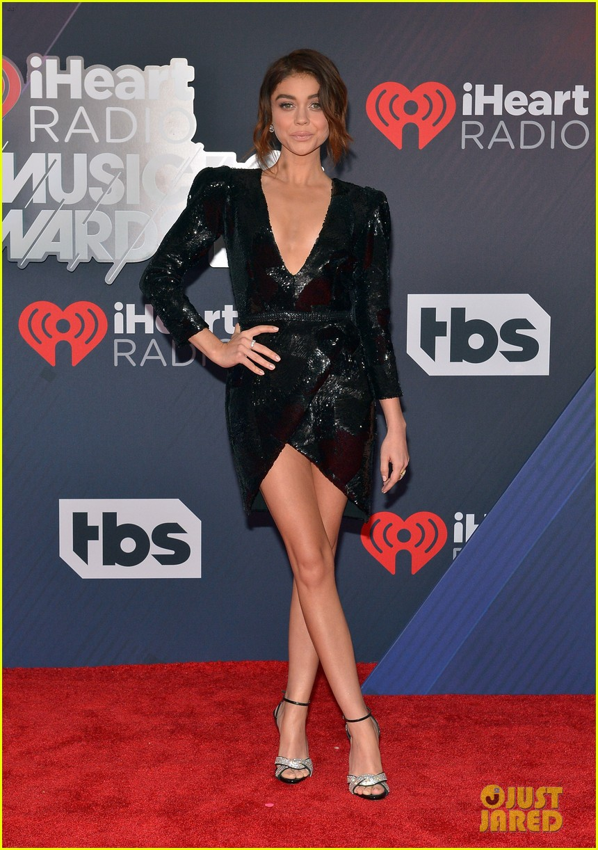 sarah hyland serayah look so hot at iheart radio music awards 014049298