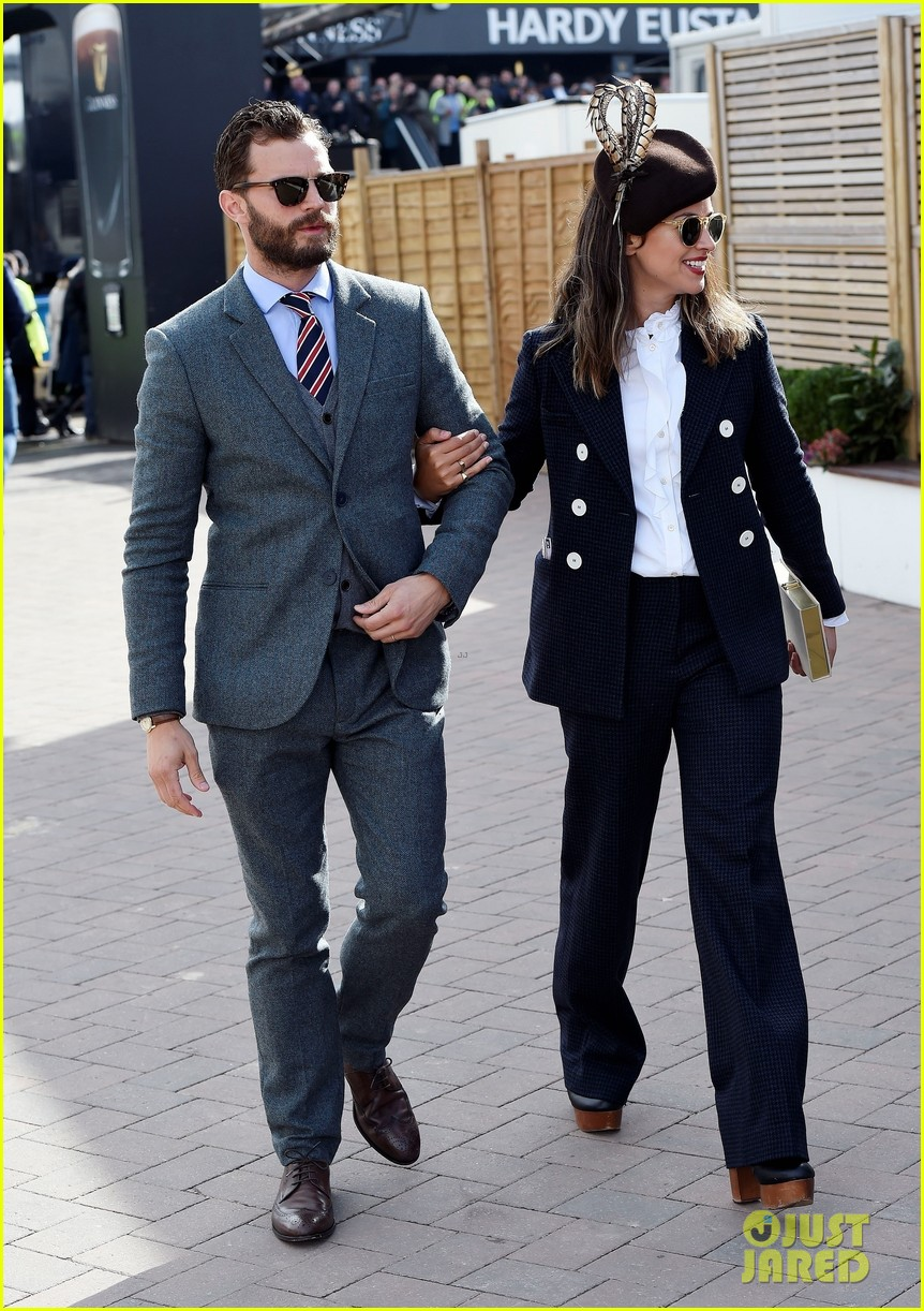 jamie dornan amelia warner race horse march 2018 014051576