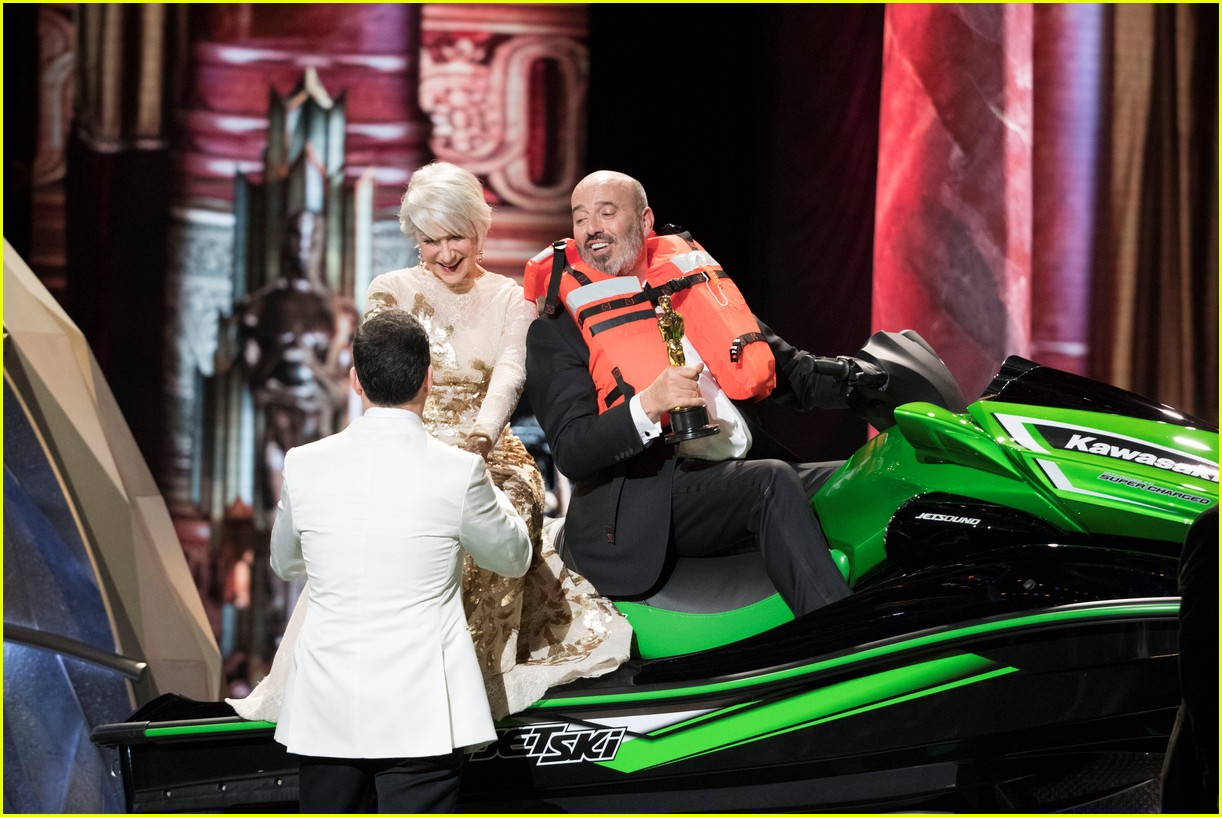 oscars 2018 jet ski winner costume designer mark bridges 084044866
