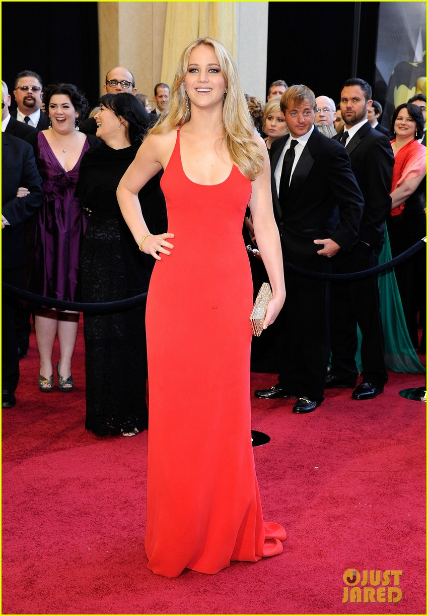 jennifer lawrence oscars fashion 094043646