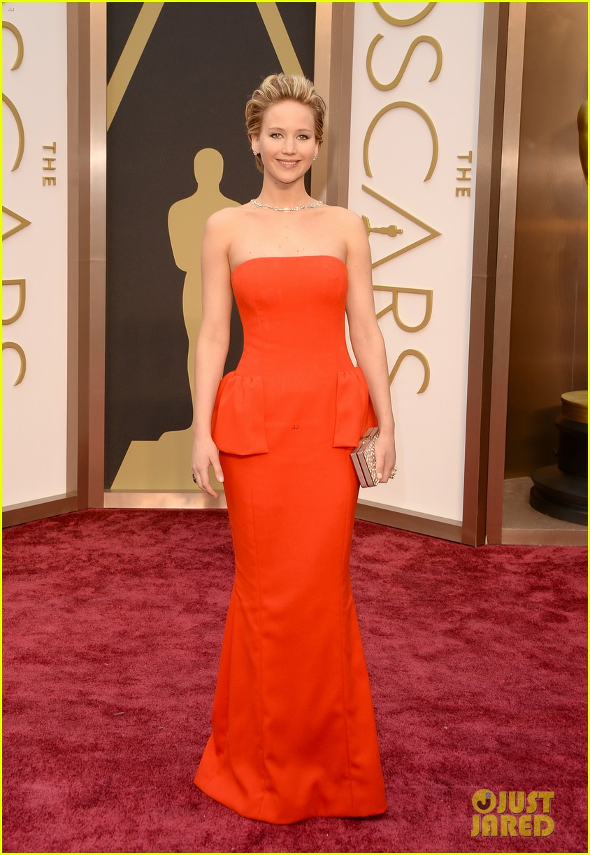 jennifer lawrence oscars fashion 234043660
