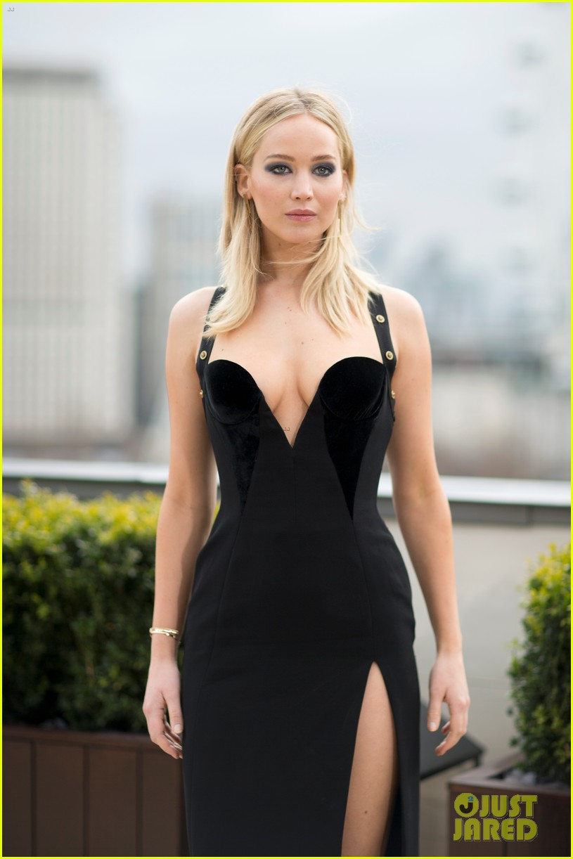 jennifer lawrence press tour red sparrow 044042354