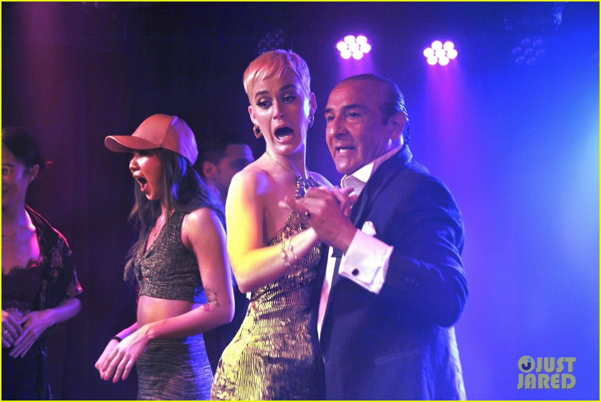Katy Perry Accepts A Rose Dances At Rojo Tango Show In Argentina
