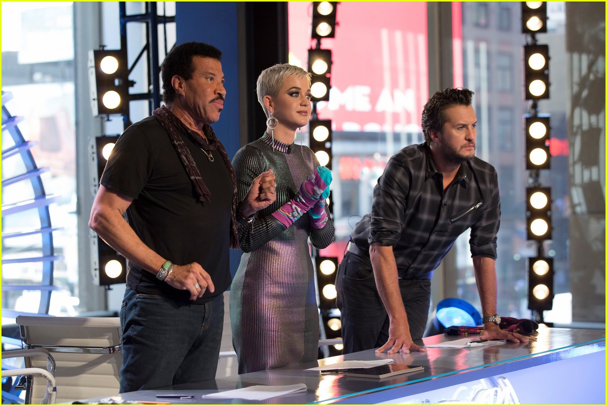 katy perry has the hos for idol contestant trevor holmes 044049824