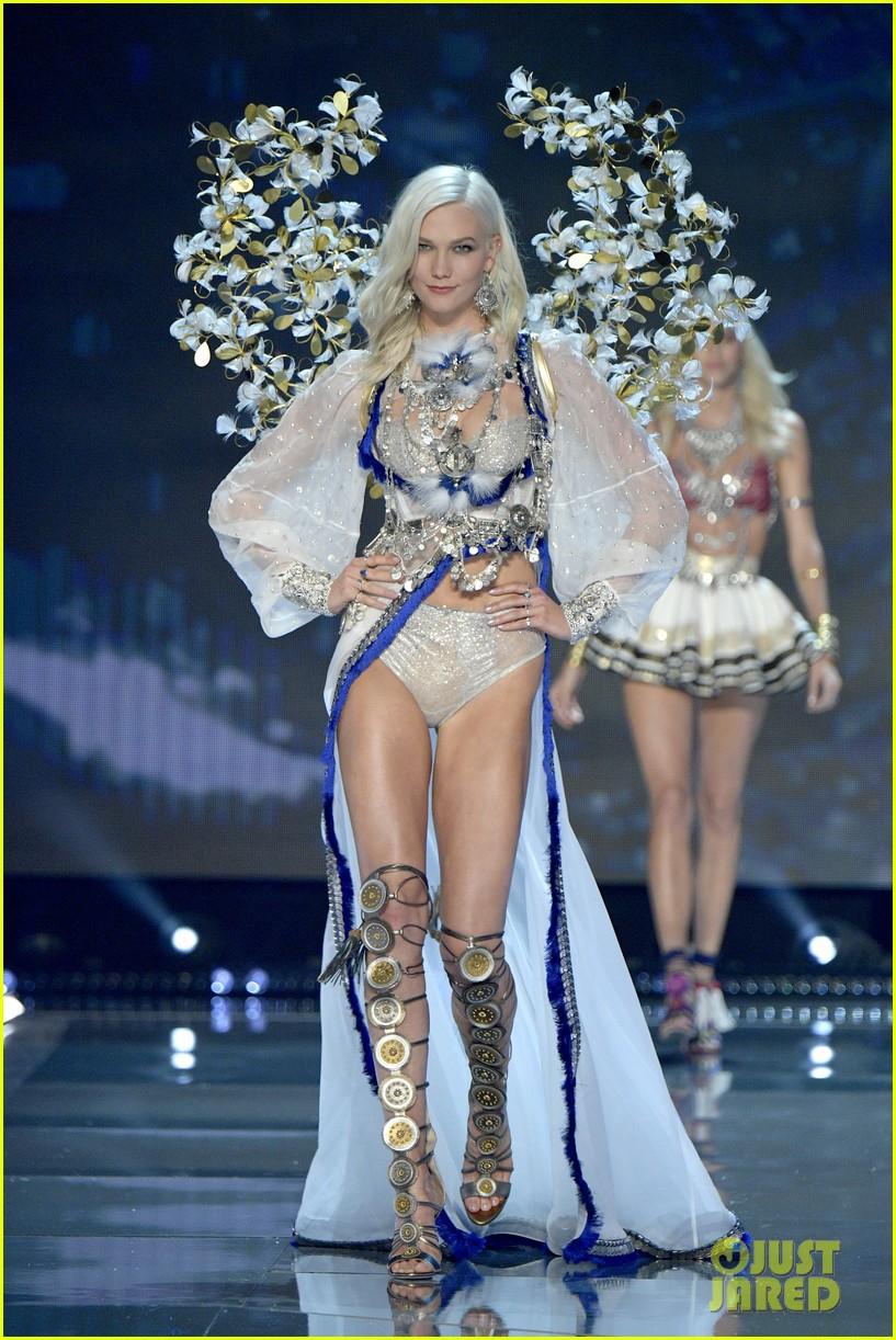 Karlie Kloss shares her Victorias Secret Fashion Show workout forecasting