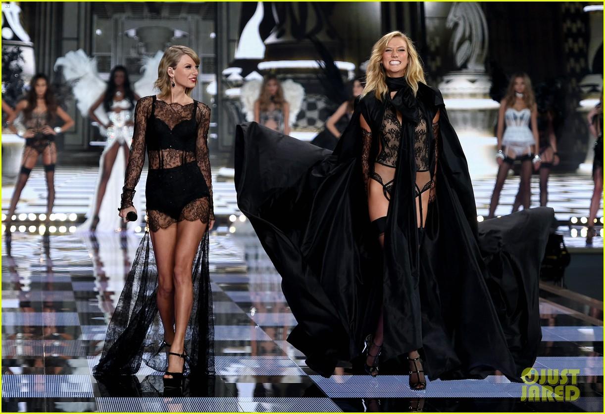 karlie kloss victorias secret fashion show 064050075