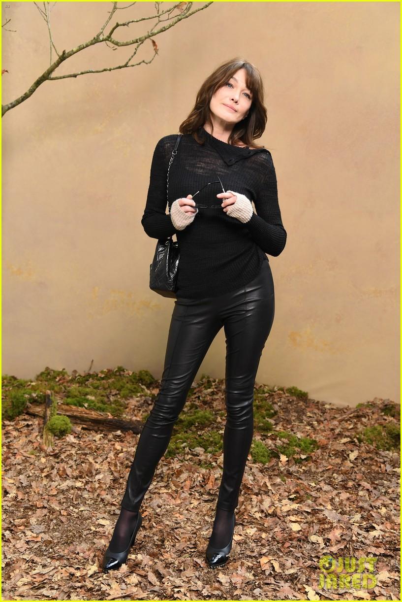 Elle Fanning And Boyfriend Keira Knightley, Lily ...