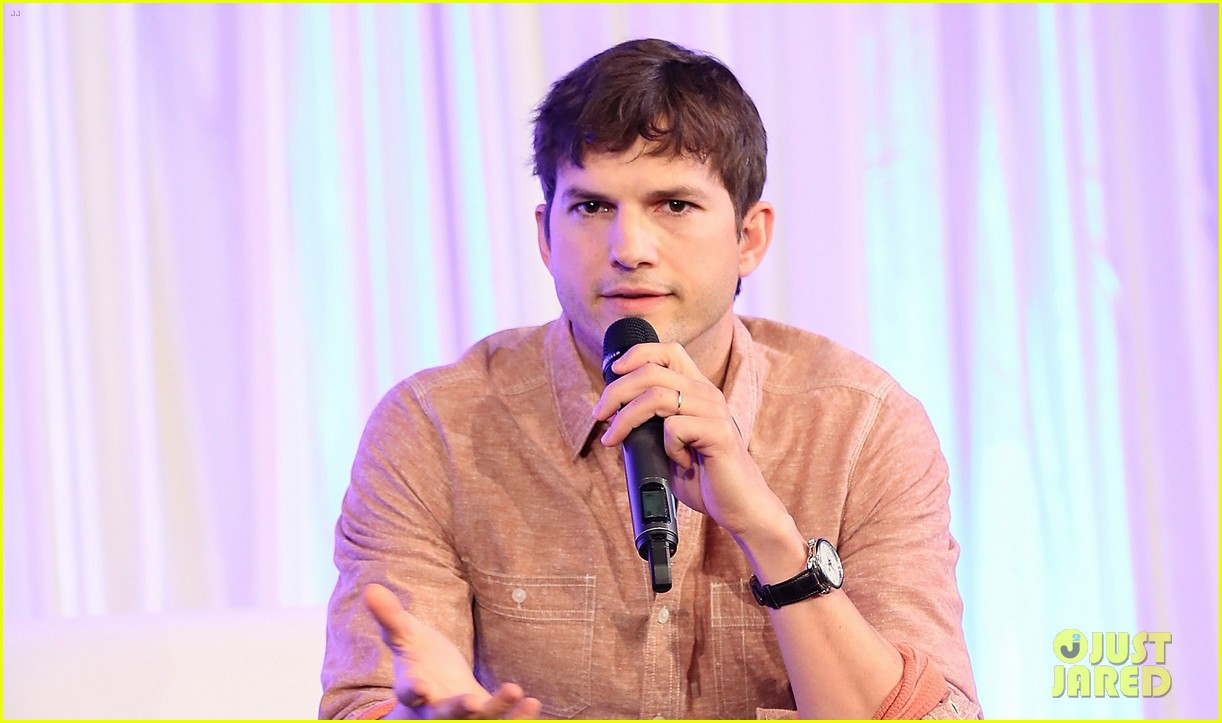 http://cdn01.cdn.justjared.com/wp-content/uploads/2018/03/kutcher-city/ashton-kutcher-city-summit-04.jpg
