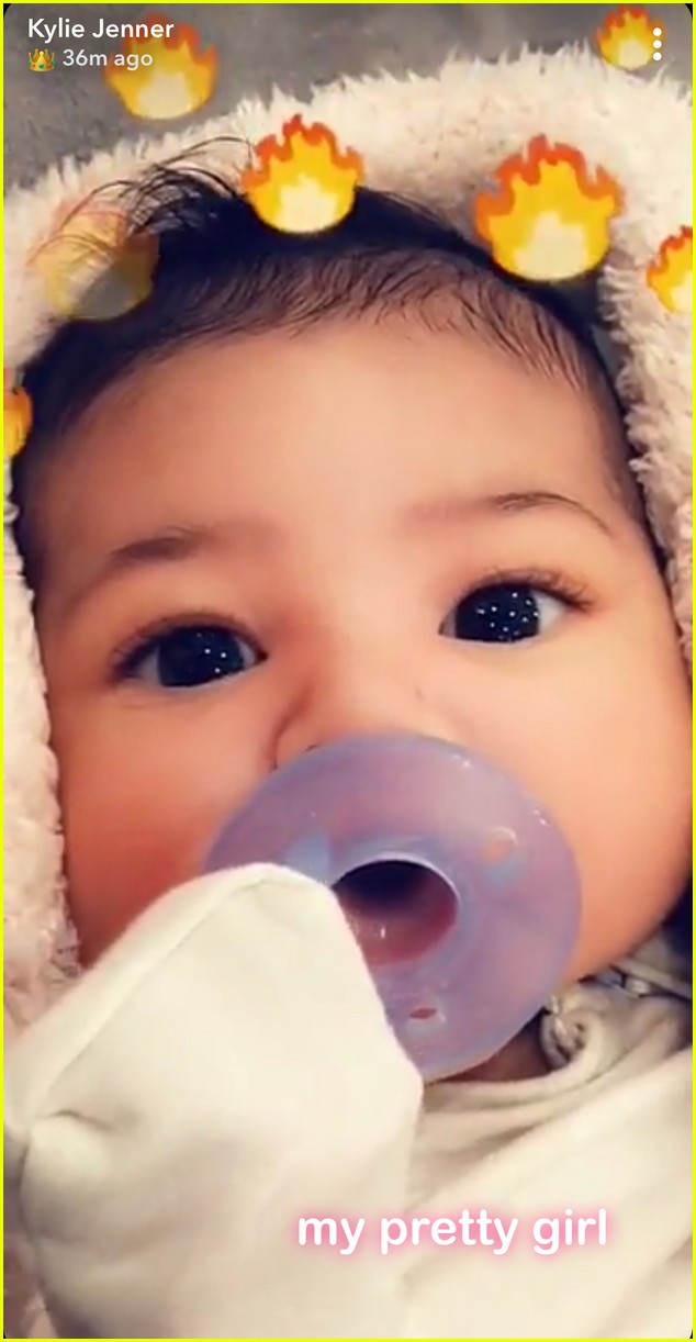 kylie jenner shares close up photo of baby stormi 024042816