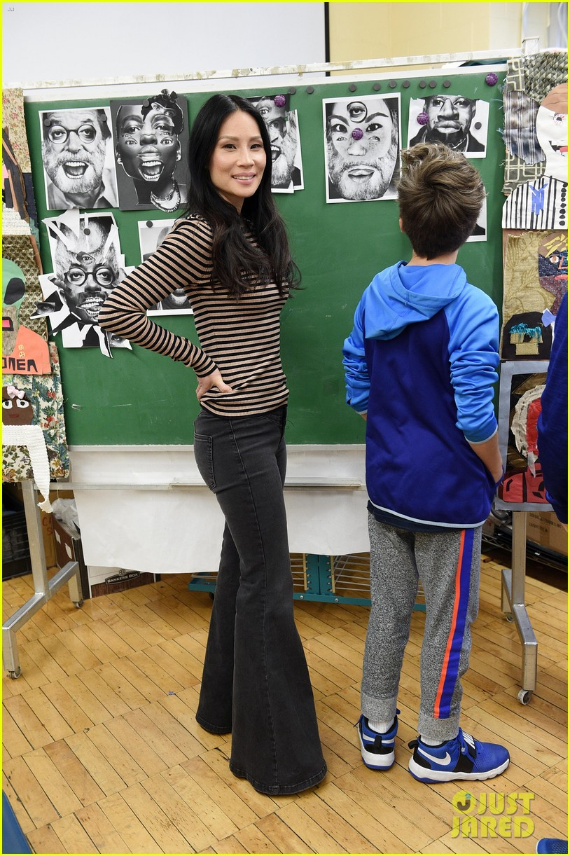 lucy liu teams up with lifewtr to bring art education back to schools 034056230