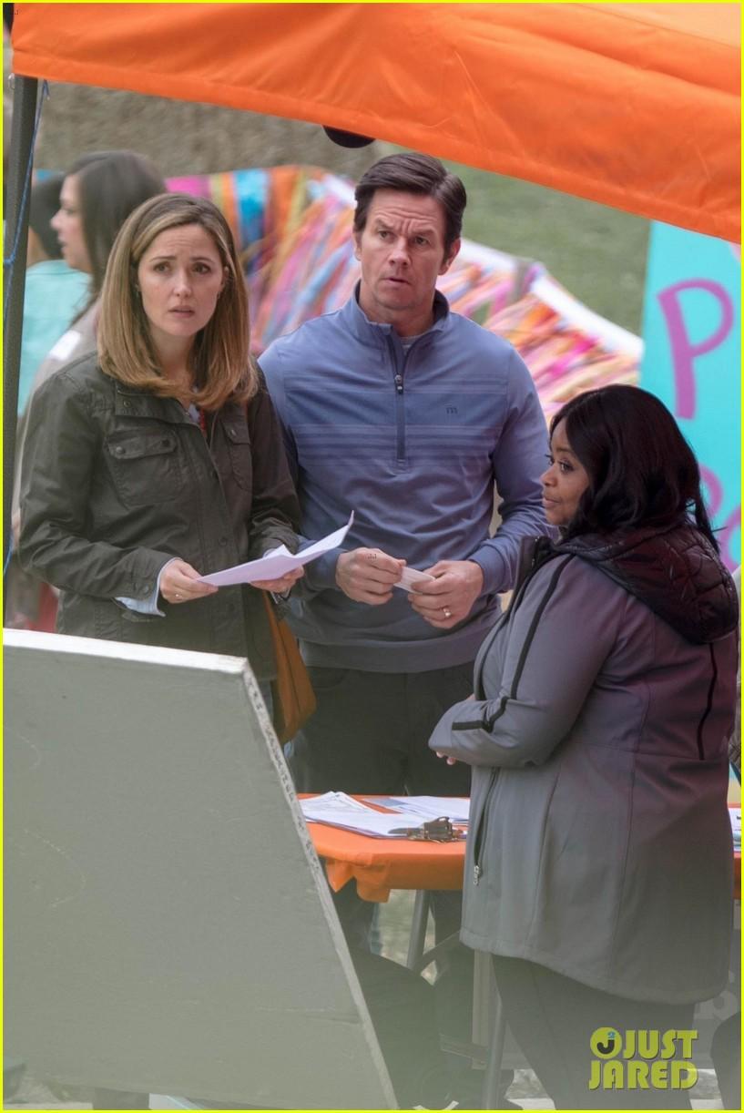 Johnson Family Vacation Full Movie >> Mark Wahlberg, Rose Byrne & Octavia Spencer Film 'Instant Family' in Atlanta: Photo 4056730 ...